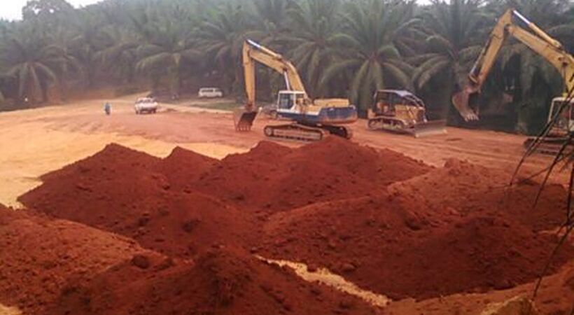 Malaysia extends bauxite mining ban