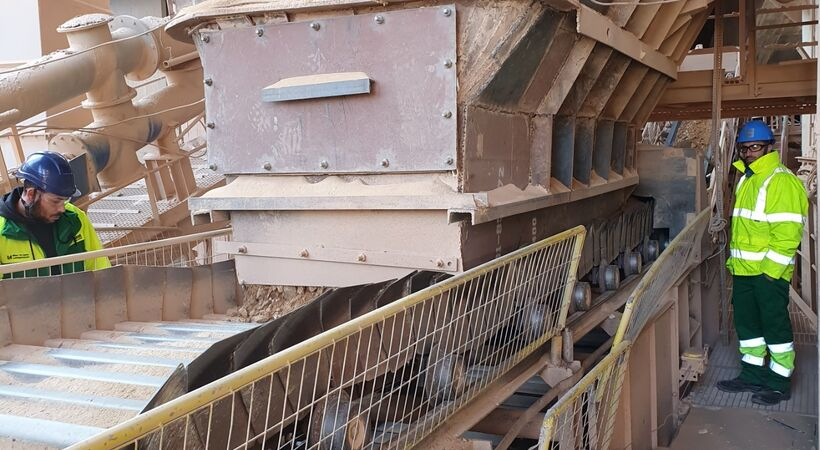 AUMUND supplies conveying solution for bauxite